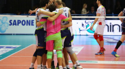 Volley di Superlega: Ninfa Latina supera Milano in tre set e guadagna le final four.