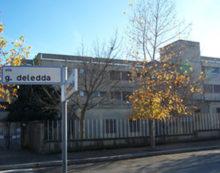 """Un alunno positivo al test rapido: lezioni sospese per questo venerdì in una classe della scuola """"Deledda"""" di Aprilia."""