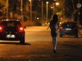 """POMEZIA – Chiedeva il """"pizzo"""" e rapinava prostitute sulla Laurentina, arrestato dalla Polizia."""