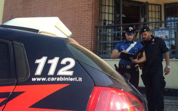 Picchia e minaccia l'ex compagna, 28enne di Aprilia in arresto