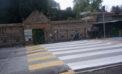 Installata una ringhiera di protezione all'ingresso del cimitero di via Santa Marina, ad Ardea