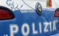 Aggredisce davanti al figlio 13enne l'ex moglie che parla con un collega, arrestato