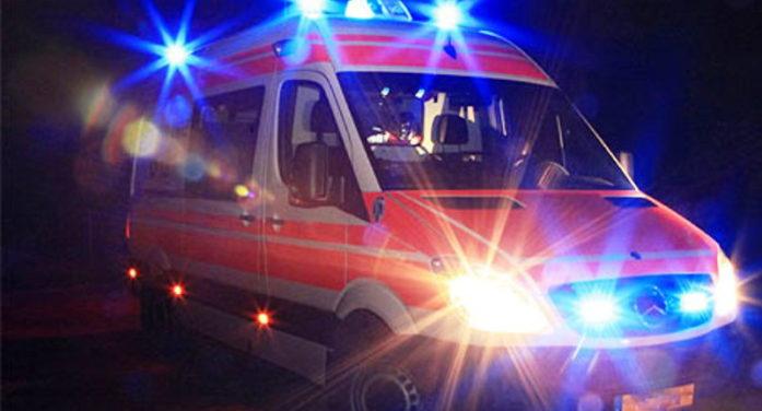 Incidente mortale sulla via Severiana, ad Ardea: la vittima è un uomo di 35 anni.