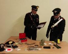 Due pusher in manette a Pomezia: i Carabinieri sequestrano tre etti di droga.