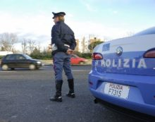 Furto da Sport 85 in via Scrivia, a Latina: la Polizia arresta una donna di 41 anni.