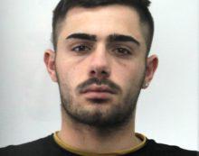 Rapinarono un minorenne in centro a Latina, per due giovani scatta l'arresto