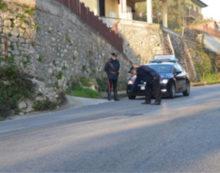 Rubarono un borsello con mille euro, nel parcheggio del cimitero di Maenza: due denunce.