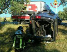 Incidente in via Apriliana, 7 persone ferite