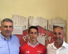 Due calciatori dell'Aprilia alla Lazio e al Perugia