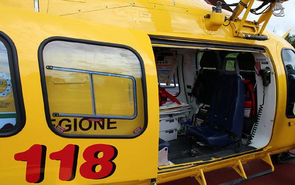 Dramma in via Guido Rossa, ad Aprilia: donna precipita dal terzo piano.