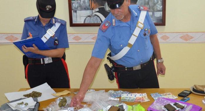 Spacciavano droga sulla spiaggia di Torvaianica: 4 arresti eseguiti dai Carabinieri.
