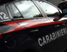 VELLETRI – Macchina sfrenata da ladri si schianta su altre due vetture parcheggiate in via Borgia.