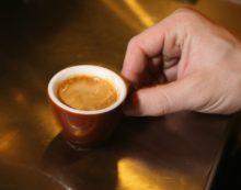 Caffè corretto agli psicofarmaci per rapinare un anziano, 64enne in arresto