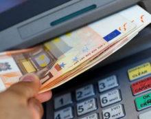 Incassa 4.500 euro con la carta bancomat del suocero: denunciato un 26enne di Priverno.