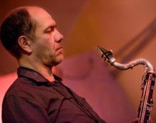 Al Madxi di Latina questo sabato il concerto blues di Alberto Popolla.