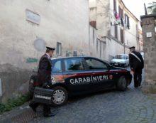 Colpo con l'auto-ariete alla tabaccheria/enoteca di via San Carlino, a Genzano.