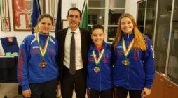 """Il sindaco Fucci incontra gli atleti di karate della """"New Line Pomezia""""."""