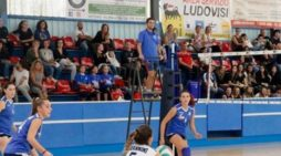 Pallavolo – Due partite da vincere. E la serie C femminile della Caffè Tomeucci Onda volley Anzio non ha sbagliato