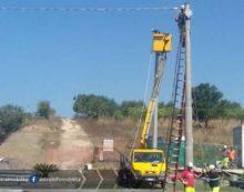 Lavori sulla rete elettrica: Pontina chiusa per circa un'ora tra via Strampelli e Casalazzara.