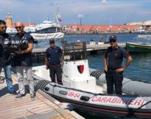 Blitz del Nas di Latina sull'isola di Ponza: sanzioni per oltre 9mila euro e sequestri.