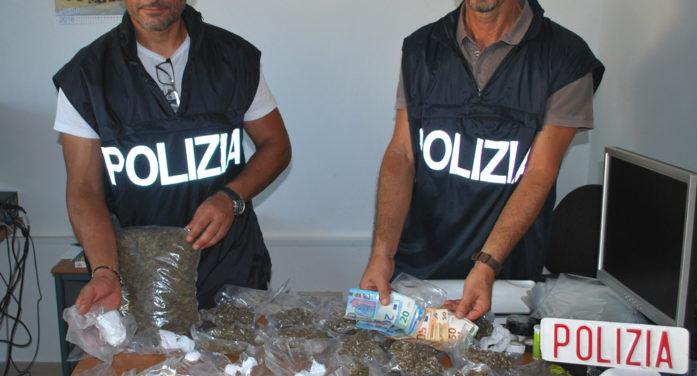 Sequestrati dalla Polizia nelle campagne di Anzio oltre due chili di droga: in manette un italiano di 47 anni.
