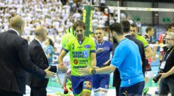 """Superlega, al """"PalaBarbuto"""" di Napoli la Top Volley Latina sfida il Vero Volley Monza."""