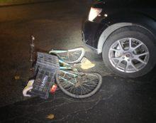In bici viene preso in pieno da un'auto a Campoverde