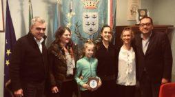 Conquista l'Oro in due tornei internazionali: la giovane ginnasta apriliana Martina Lamberti ricevuta dal Sindaco.