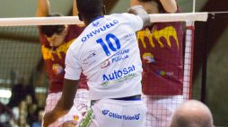 Volley di Superlega: l'opposto Samuel Onwuelo per un anno alla Top Volley Latina.