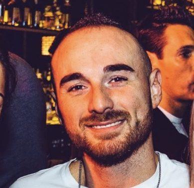 Lutto cittadino e funerali anche a Velletri, questo giovedì 17 Ottobre, per l'agente Matteo Demenego.