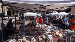 Torna in Piazza Roma, ad Aprilia, il mercatino della terza domenica del mese.