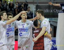 Pallavolo di Superlega: il campionato si fermerà per questo weekend, la Top Volley il primo marzo a Trento.