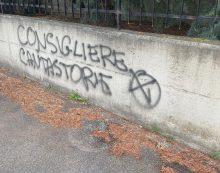 Aprilia, scritta offensiva davanti casa del consigliere Zingaretti
