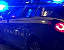 Aprilia. Pusher colto sul fatto trascina con l'auto un agente della Polizia: arrestato un 42enne
