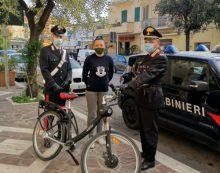 Perquisizione in casa di un 20enne a San Felice Circeo: i Carabinieri trovano una bici  elettrica rubata ed altra refurtiva.