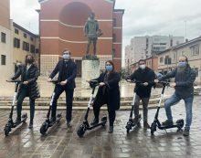 Monopattini elettrici ad Aprilia, presentato il nuovo servizio di sharing FOTO