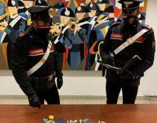 Aprilia, coppia in arresto per spaccio: i carabinieri recuperano hashish, cocaina e crack