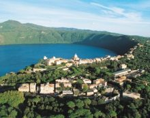 Lieve risalita dei casi covid a Castel Gandolfo, venerdì 30 luglio c'è il camper della Asl