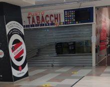Furto la notte scorsa all'interno del centro commerciale Conforama di Aprilia: presi di mira la tabaccheria ed il bar.