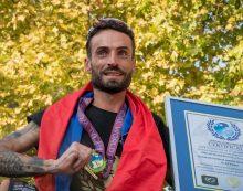 Ciclismo, l'impresa di Cristian Nardecchia: è record del Mondo