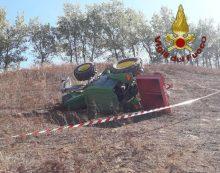 Un trattore si ribalta ad Artena, un 35enne muore schiacciato dal mezzo